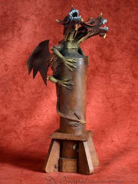 Wierookbrander met twee-koppige draak rood