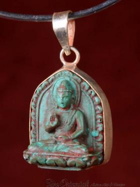 Hanger van Boeddha Abhanga mudra groen speksteen