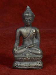 Boeddha brons Bhumiparsa Mudra
