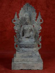 Boeddha in Bhumiparsa mudra op troon, brons