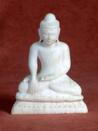 Mandalay Boeddha albast in Bhumiparsa mudra