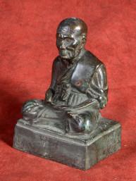 Oud bronzen beeldje van Phra Luang Phor Tuad