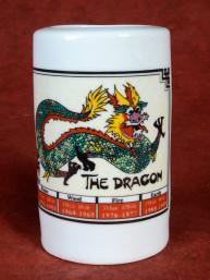 Horoscoopbeker met Chinees Sterrenbeeld Draak