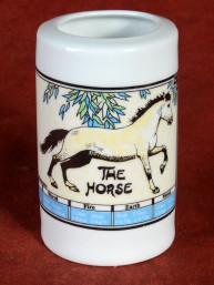 Horoscoopbeker met Chinees Sterrenbeeld Paard