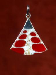 Hanger schelp rood in zilver