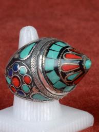 Zeer ware Tibetaanse ring met turkoois en koraal.