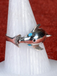 Ring met dolfijn ingelegd met turkoois 925