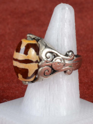Ring met draaibare Dzi kraal