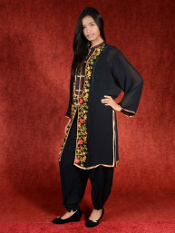 Salwar kameez, Indiase jurk of Punjabi dress zwart flowerfield