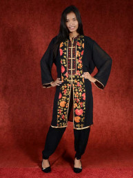 Salwar kameez, Indiase jurk of Punjabi dress zwart flowers