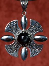 Zilveren hanger van een Keltisch kruis (Celtic Cross) met rookkwarts steen