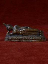Boeddha miniatuur voor dinsdag Boeddha brons