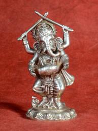 Ganesha dansend met trommel