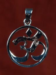 Zilveren hanger met Ohm teken