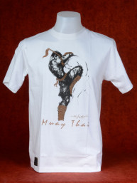 "Muay Thai T-Shirt ""Sila Kratob"" van Human Fighting, Anusha Saisuk design, wit"