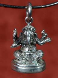 Massief zilveren hanger van Ganesha