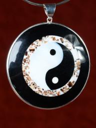 Handgemaakt sieraad van Yin Yang schelp, parelmoer